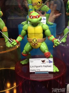 Bandai-Tamashii-Nation-SH-Figuarts-Teenage-Mutant-Ninja-Turtles-Raphael
